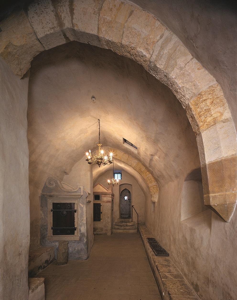 Předsíň Staronové synagogy, Praha 1