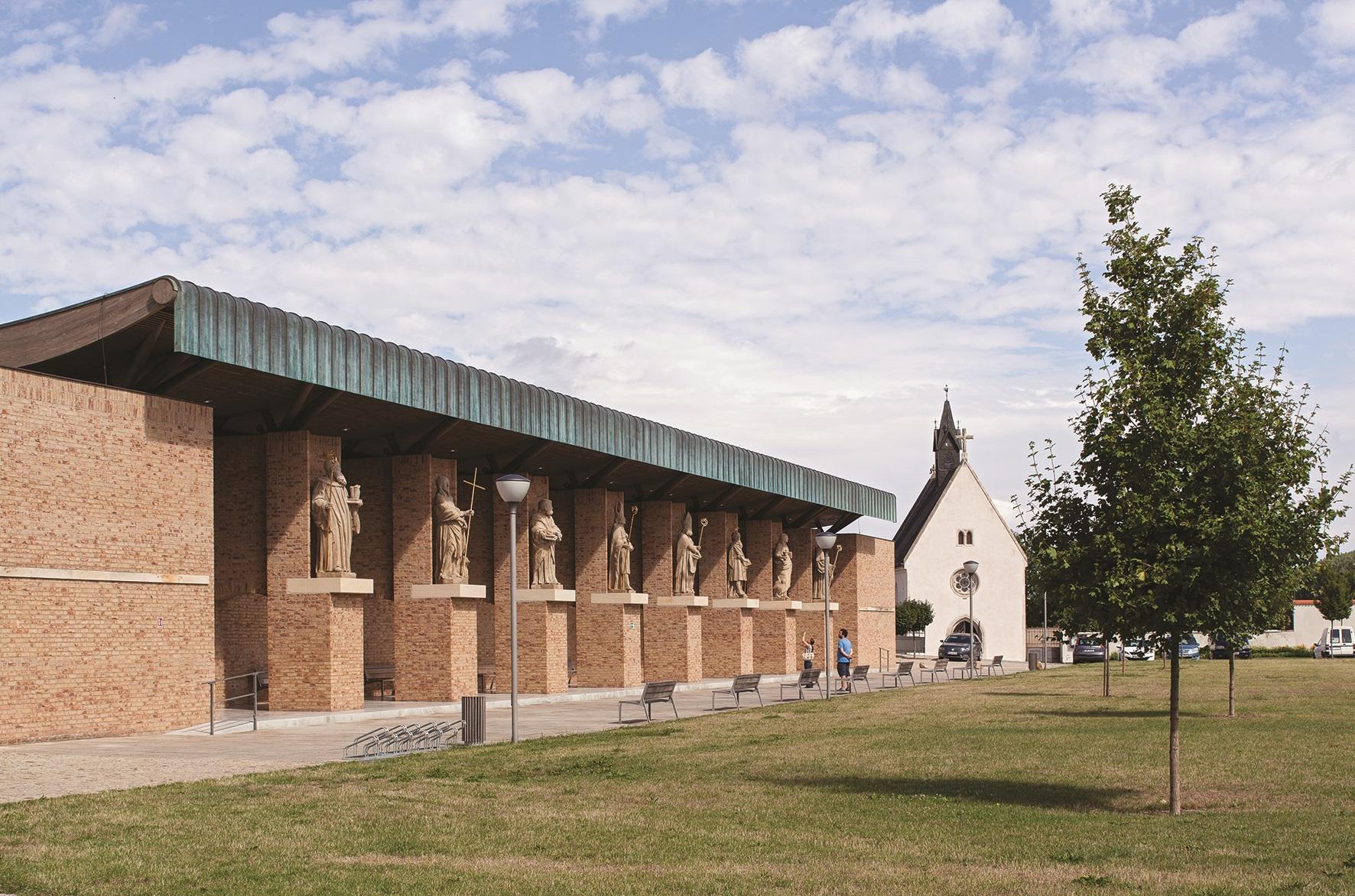 Novostavba Kaplí, Velehrad