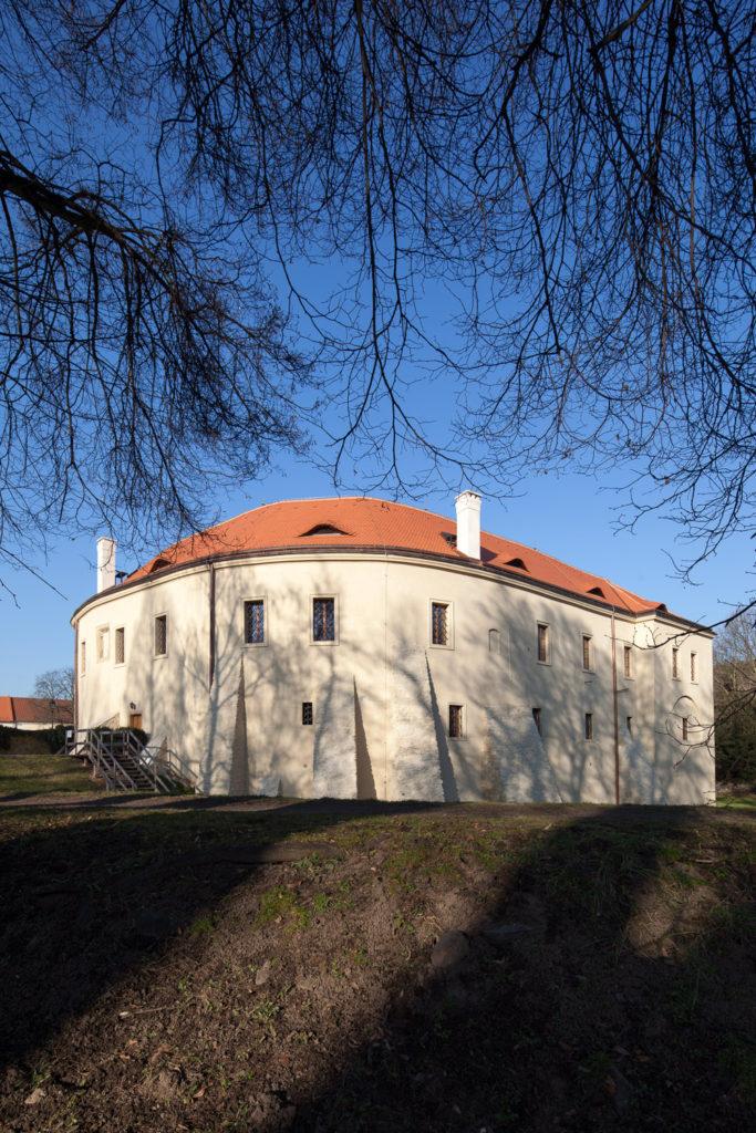 Roztoky uPrahy, celková rekonstrukce zámku